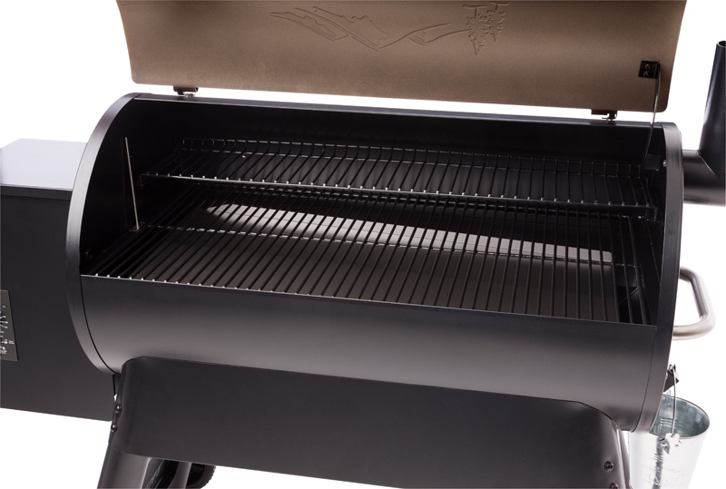 BF-Grills_TFB88PZB_Pro 34_LID OPEN_Bronze_Traeger
